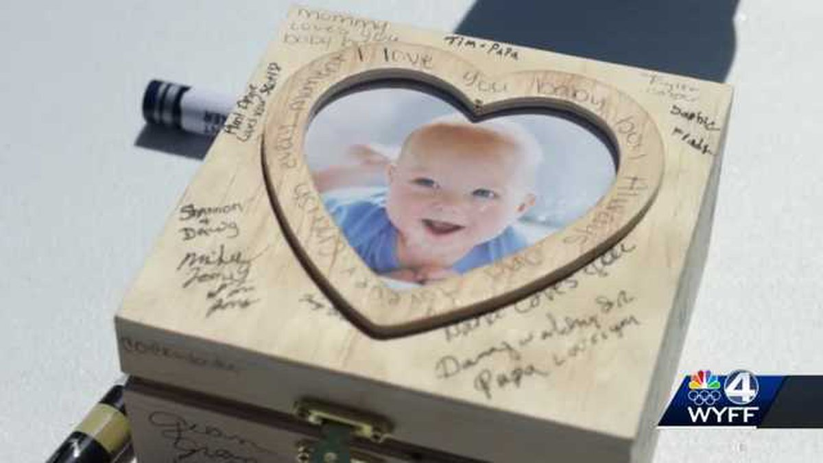 The community came together to support a 4-year-old who is terminally ill.