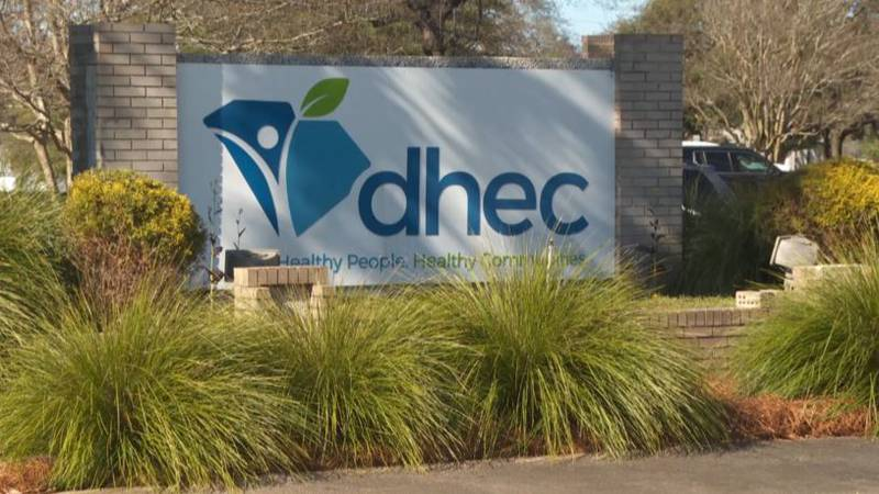DHEC: SC vaccine rollout on track with President Biden's goals