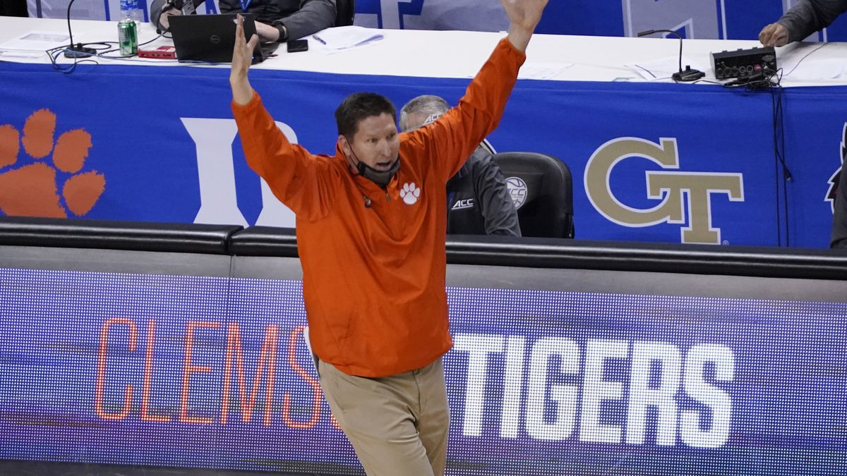 Clemson head coach Brad Brownwell reacts to a play during the second half of an NCAA college...