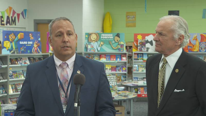 McMaster praised Kershaw Co. School District as a 'model' in COVID-19 response