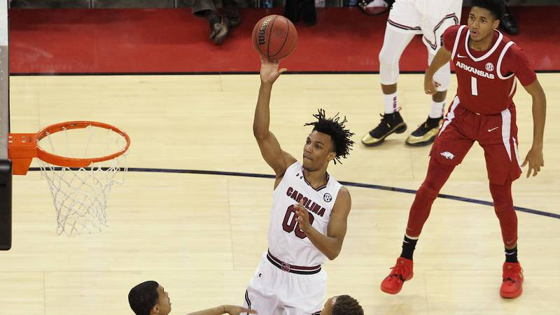 South Carolina's A.J. Lawson signed a free agent deal with the Miami Heat early Friday morning....