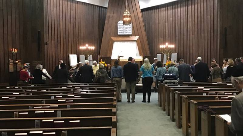 Beth Shalom Synagogue remembers Pittsburg shooting victims nearly one year later