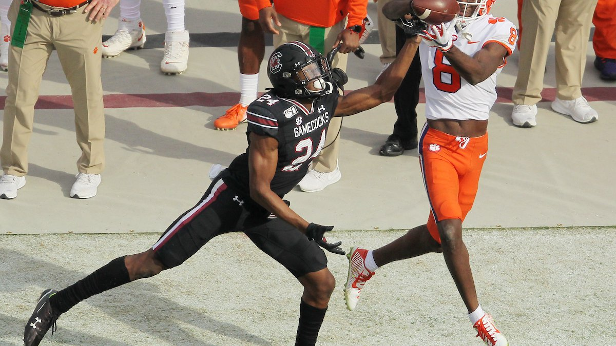 Clemson wide receiver Justyn Ross (8) makes a catch against South Carolina defensive back...