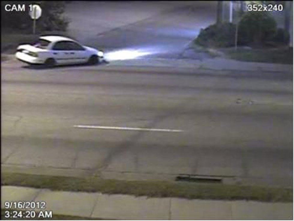 Vehicle police are searching for in murder investigation (Source: Columbia Police Dept.)