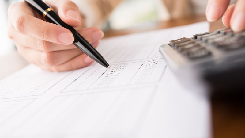 How to track delayed stimulus payments before tax season