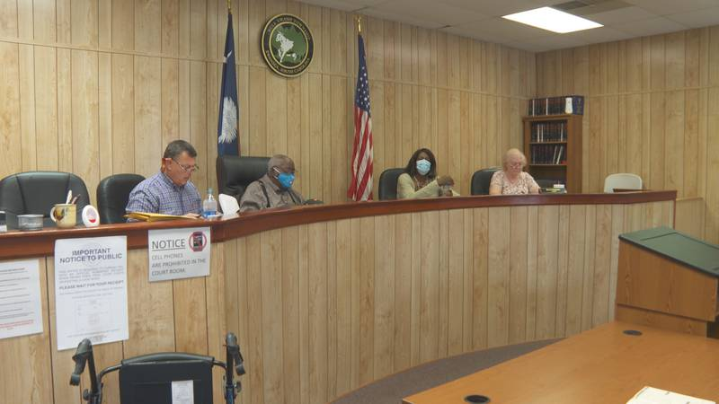 Swansea Town Council holds first meeting since Mayor's suspension
