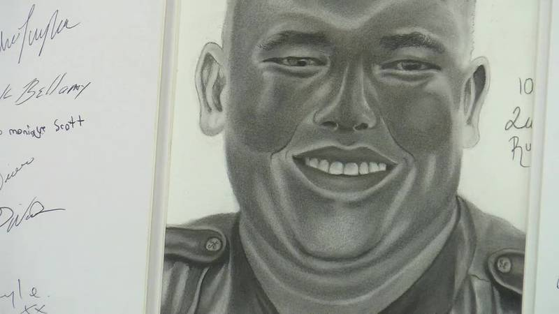A Myrtle Beach city employee presented the chief of police a sketch he did of fallen officer...