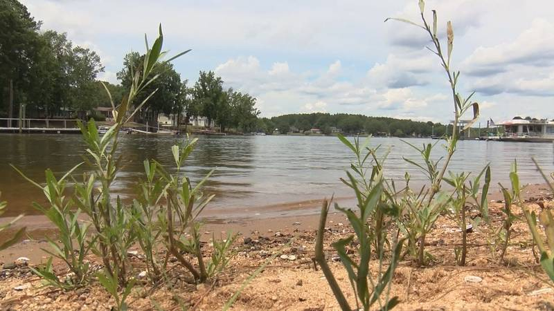 Officials with SCDNR confirmed locating the body of a missing boater on Tuesday morning.