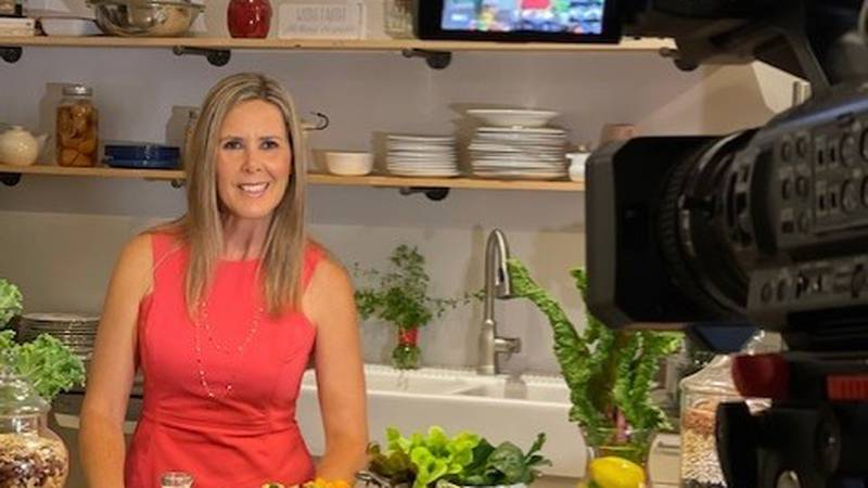 Nutrition consultant Lere' Robinson joined WIS TV Midday from inside Lere's Barn studio kitchen...