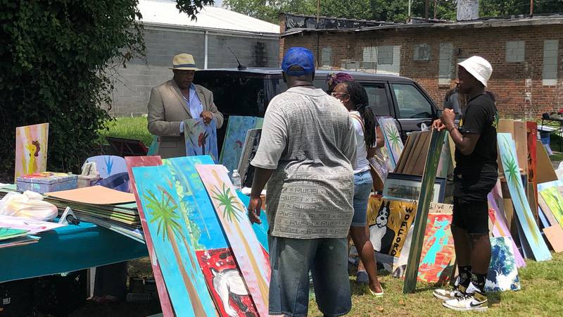 Columbia's 'Chicken Man' shows appreciation with community event