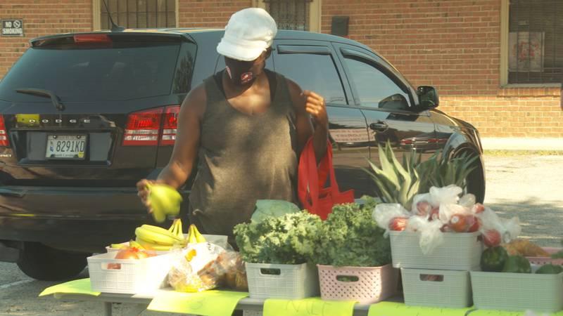 Fresh fruit and vegetable market opens in 'food swamp' Booker Washington Heights neighborhood