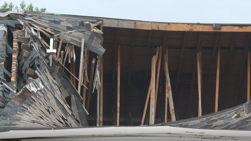 Superintendent addresses collapsed roof at Lee County school