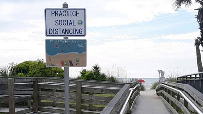 Two new signs are being installed at public beach accesses in Myrtle Beach.