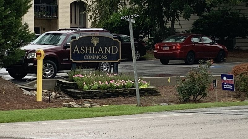 As rain from Hurricane Sally approaches, apartment complex residents brace for potential flooding