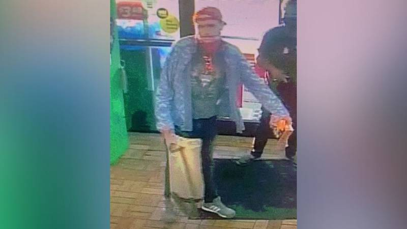 Multiple agencies searching in Newberry for suspect in shoplifting ring