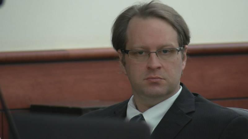 Jason Lee is accused of killing his estranged wife mere weeks before their divorce was set to...