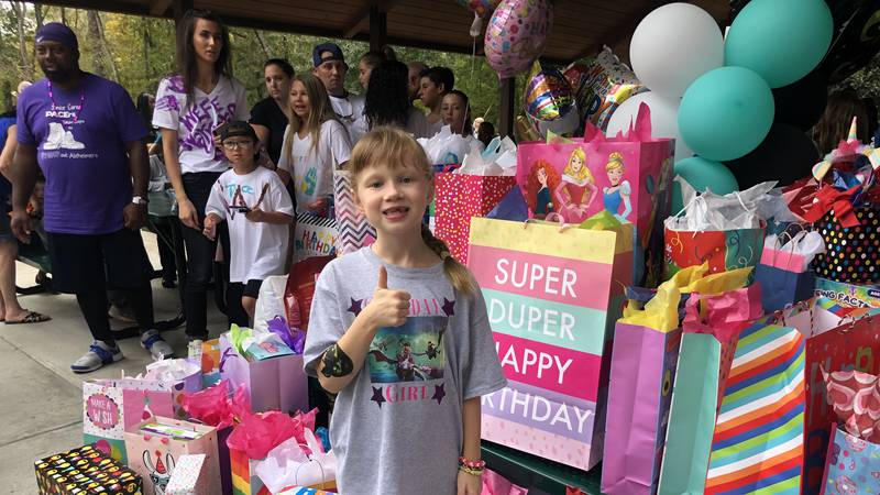 8-year-old celebrates birthday with hundreds after mom's social media post
